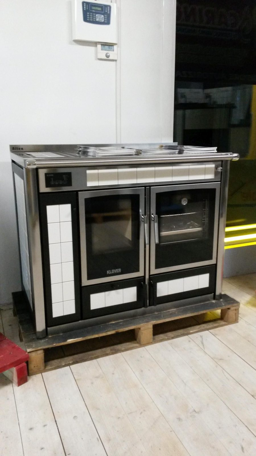 Termocucina klover for Termocucine a legna usate